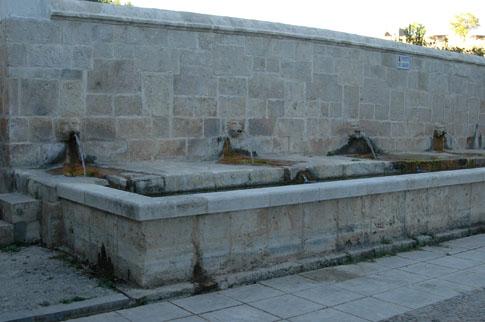 Fuente de Abajo o fuente de Suso en Fuentelencina